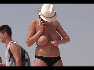 Voyeur francês vira 2015 à la plage
