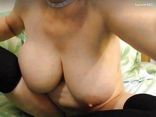 Granny large boob livecam