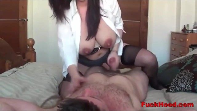 Lactating mamma acquires her large scones sucked snatch screwed